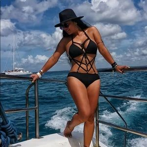 Sexy black Cage bathing suite